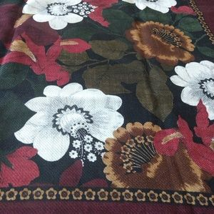 "Wool Adrienne Vittadini floral scarf 30"" square"